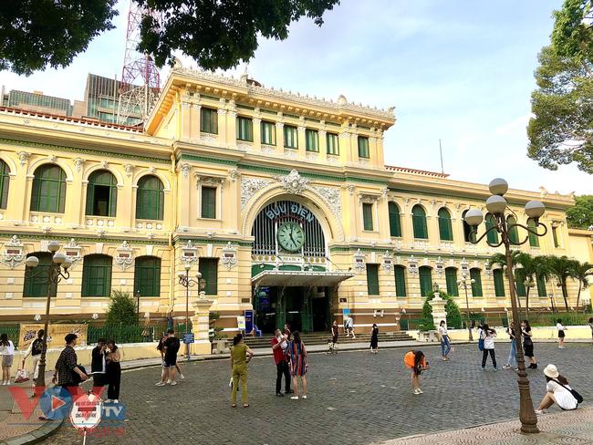 Những mặt tiền 'sống ảo' giới trẻ không thể bỏ qua khi ghé Sài Gòn - Ảnh 9.