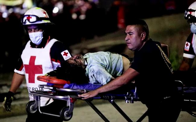 Mexico: Số người thiệt mạng trong vụ sập đường sắt trên cao tiếp tục tăng, Chính phủ tuyên bố quốc tang - Ảnh 3.
