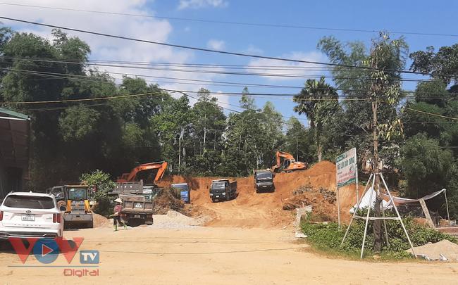 """Hòa Bình: Dự án xây dựng hạ tầng khu đấu giá đất sử dụng """"đất tặc"""" để san, lấp tạo mặt bằng - Ảnh 5."""