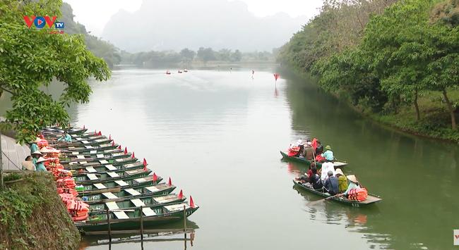Ninh Bình tạm dừng đón khách du lịch từ sáng 7/5 - Ảnh 1.