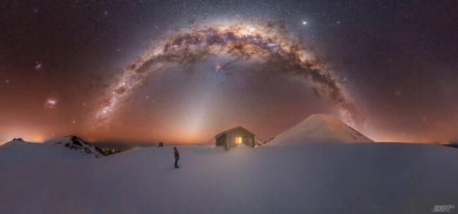 Mãn nhãn với loạt ảnh ấn tượng chụp dải Ngân Hà - Ảnh 1.
