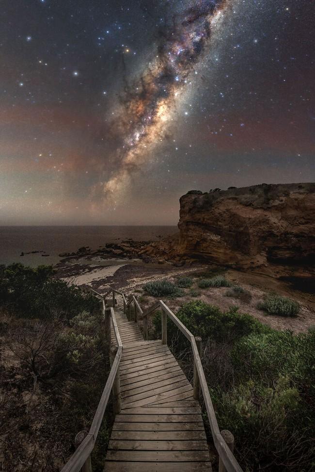 Mãn nhãn với loạt ảnh ấn tượng chụp dải Ngân Hà - Ảnh 10.