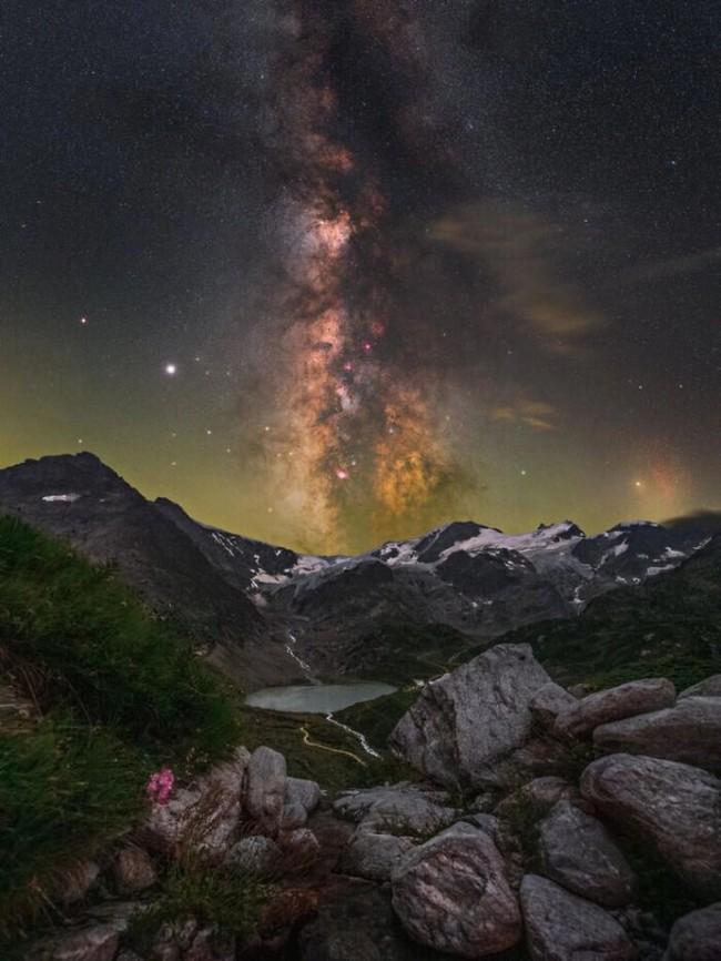 Mãn nhãn với loạt ảnh ấn tượng chụp dải Ngân Hà - Ảnh 16.