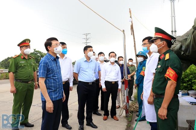 Bắc Giang: Phê bình chủ tịch UBND huyện vì để phát sinh F0 trong khu cách ly tập trung - Ảnh 2.