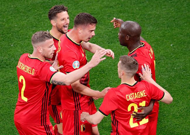 Kết quả Bỉ 3-0 Nga: Lukaku tỏa sáng với cú đúp bàn thắng - Ảnh 1.