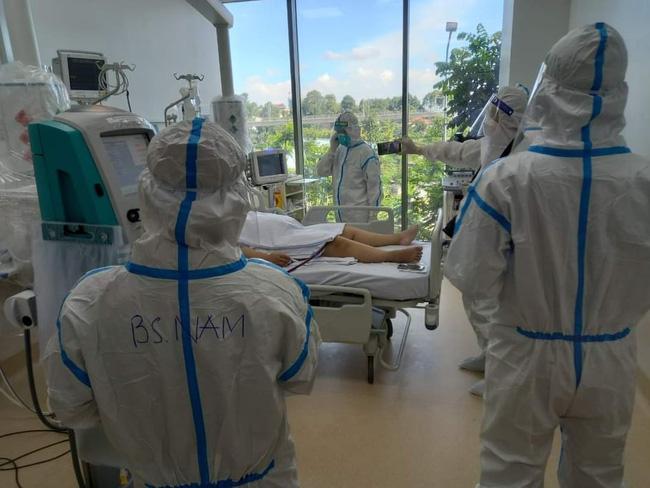 Chùm ảnh: Trong phòng bệnh bệnh nhân nguy kịch của Bệnh viện Hồi sức COVID-19 quy mô 1.000 giường TP.HCM - Ảnh 3.