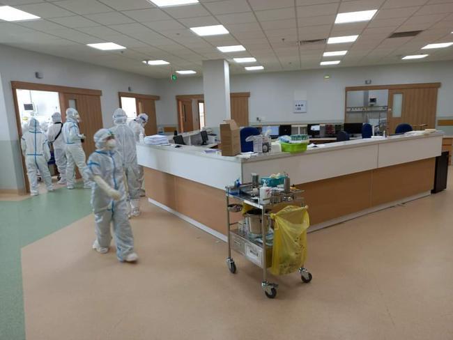 Chùm ảnh: Trong phòng bệnh bệnh nhân nguy kịch của Bệnh viện Hồi sức COVID-19 quy mô 1.000 giường TP.HCM - Ảnh 1.