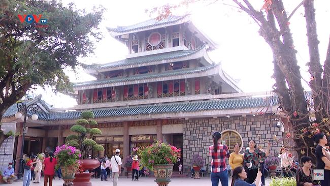 Miếu Bà Chúa Xứ - Điểm du lịch tâm linh nổi tiếng tại An Giang - Ảnh 2.