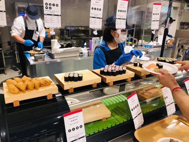 Một số Đoàn thể thao Olympic Tokyo tự lo các bữa ăn - Ảnh 2.