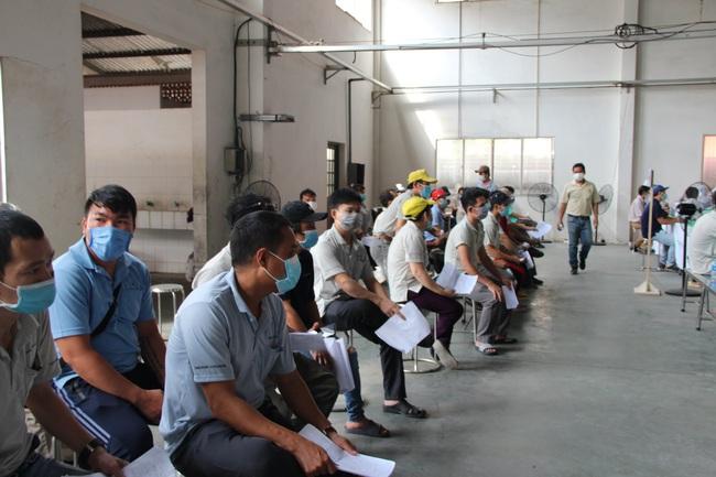 TP.HCM: Giảm số ca dương tính SARS-CoV-2 tại các khu chế xuất, khu công nghiệp - Ảnh 1.
