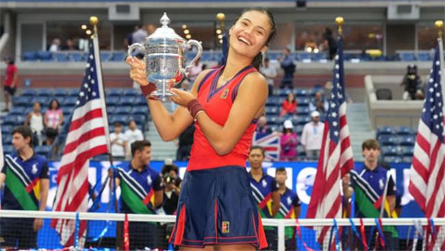 Tay vợt vòng loại Emma Raducanu vô địch US Open 2021 - Ảnh 1.