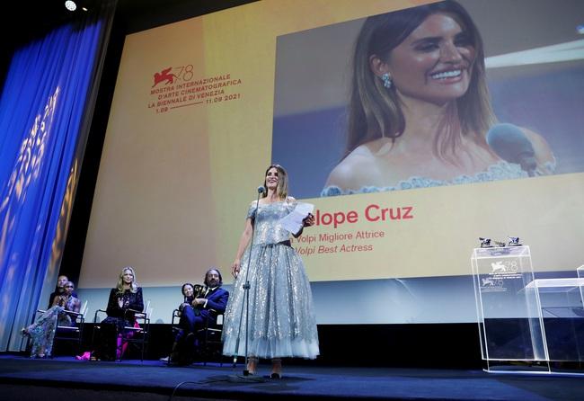 Phim Pháp giành giải Sư tử Vàng tại Liên hoan phim Venice  - Ảnh 4.