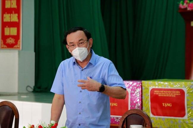 Bí thư Thành uỷ TP.HCM Nguyễn Văn Nên: Các thầy thuốc là ân nhân của TP.HCM - Ảnh 1.