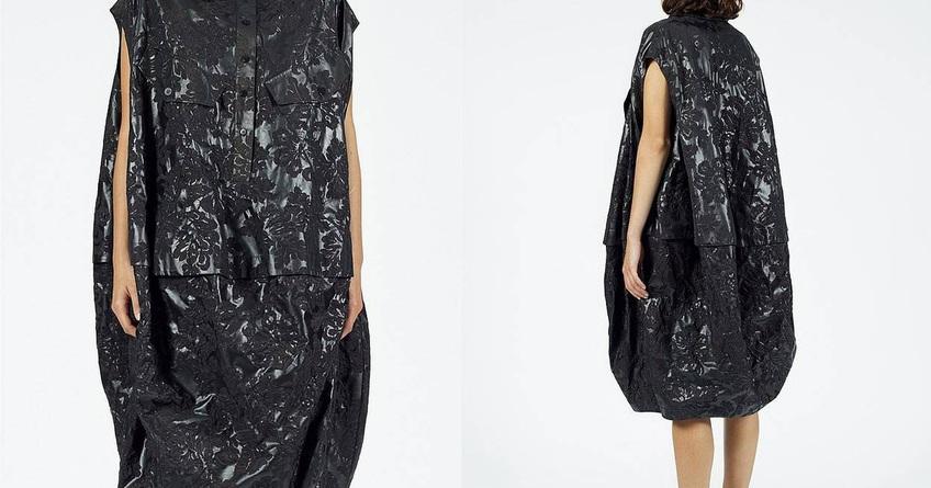 Váy như... túi nhựa đựng rác có giá hơn 15 triệu đồng