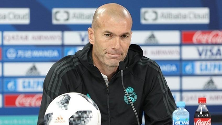 HLV Zidane dương tính với Covid-19, Real 'méo mặt' trước trận gặp Alaves