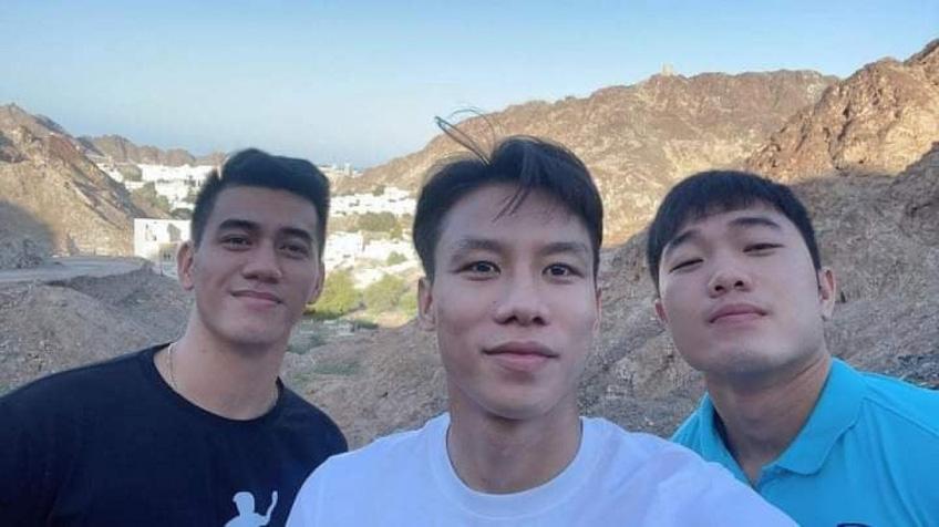 Tuyển thủ Việt Nam khám phá Oman trước giờ lên đường về nước