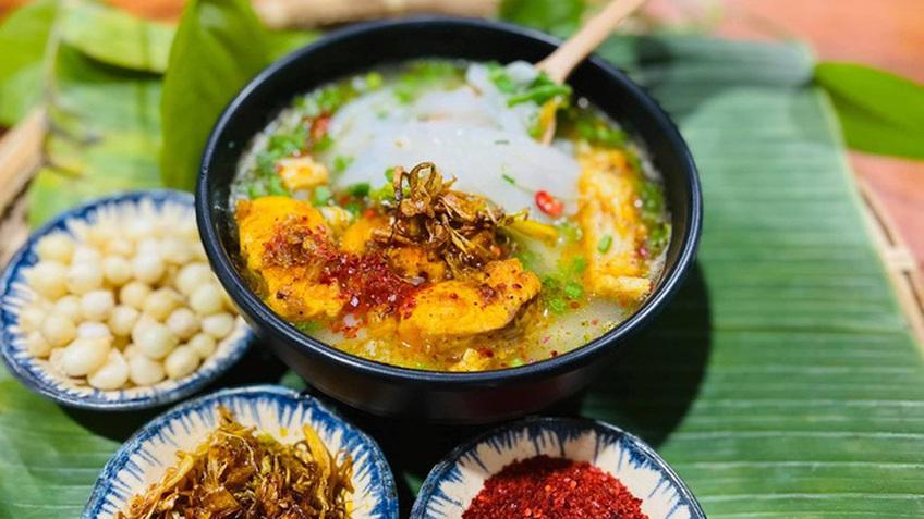 Món cháo Quảng Trị có tên gọi lạ, khách thưởng thức không cần thìa