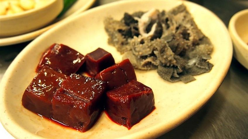 Hàn Quốc có món 'pudding máu' gây nghiện nhưng không phải ai cũng dám thử
