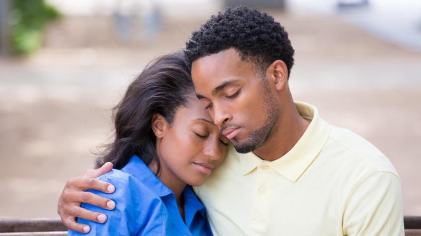 Vì sao các cặp đôi có thể tiếp tục bên nhau sau khi ngoại tình?