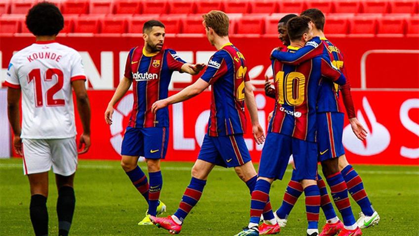 Messi ghi bàn, Barca lên nhì bảng
