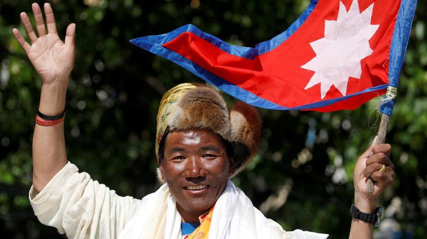 Người đàn ông 25 lần chinh phục đỉnh núi Everest