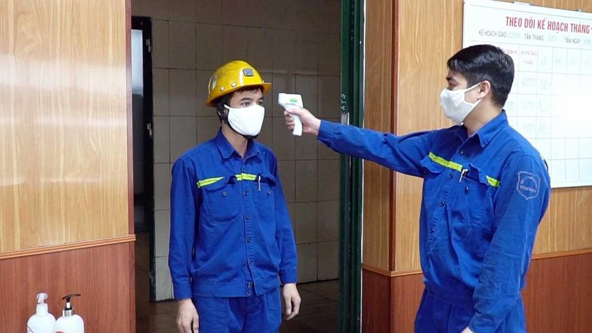 Khẩn trương hoàn thiện chính sách hỗ trợ người lao động khó khăn do Covid-19