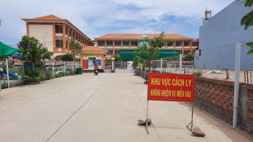 Tiền Giang: Phong tỏa khẩn cấp một xã có 13 ca nghi nhiễm SARS-CoV-2