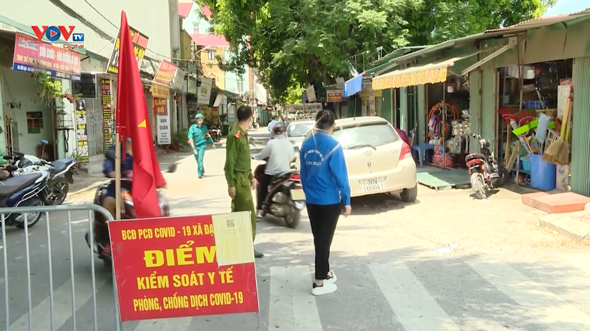 Ngày thứ 8 giãn cách, Hà Nội xử phạt gần 700 trường hợp vi phạm phòng chống dịch