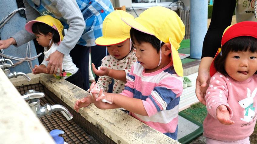 Trung Quốc tặng tiền cho các cặp vợ chồng sinh thêm con