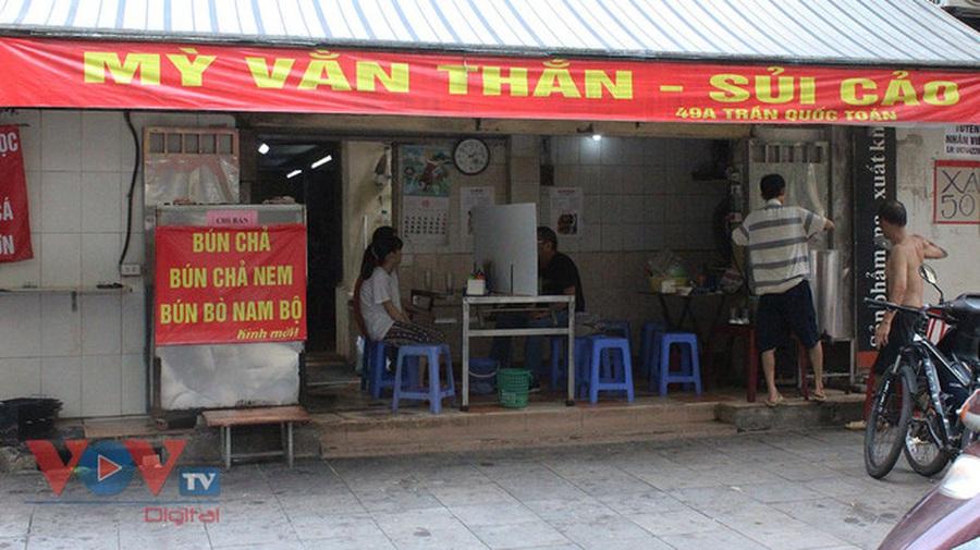 Hà Nội: Cho phép nhà hàng, cơ sở kinh doanh dịch vụ ăn uống tại chỗ hoạt động trở lại từ ngày 14/10