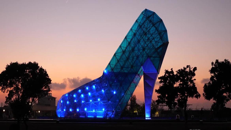 Độc đáo nhà thờ hình giày cao gót ở Đài Loan