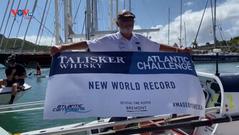 Anh: Cụ ông 70 tuổi chèo thuyền vượt Đại Tây Dương