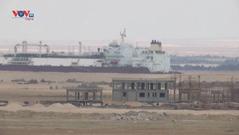 Hơn 100 con tàu đi qua kênh đào Suez sau đợt giải cứu thành công