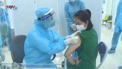 Bắt đầu tiêm vaccine Covid-19 tại Hà Nội, TP Hồ Chí Minh và tỉnh Hải Dương