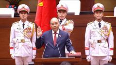 Chủ tịch nước Nguyễn Xuân Phúc tuyên thệ nhậm chức