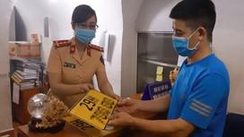 Hà Nội: Thay đổi địa chỉ đăng ký ô tô, mô tô của người dân 4 quận nội đô