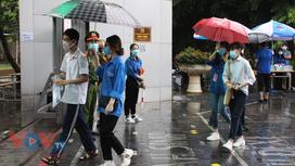 Hơn 93.000 học sinh Hà Nội bắt đầu kỳ thi tuyển sinh lớp 10 công lập