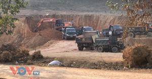 Hòa Bình: Doanh nghiệp lợi dụng dự án để chở đất vào nhà máy gạch
