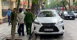 Lái xe Lexus có biển ra vào Bộ Công an thách thức tổ liên ngành là ai?