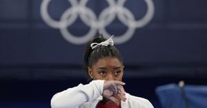 Siêu sao Simone Biles liên tiếp bỏ thi ở Olympic Tokyo
