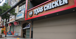 Kinh doanh dịch vụ ăn uống tại TP.HCM chưa mở rộng vì nhiều 'nút thắt'