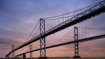 Cầu kỳ lạ nhất ở Mỹ, không vững tay lái phải thuê lái xe trước 2 ngày