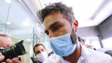 """Bác sĩ riêng của Maradona bị điều tra vì nghi ngờ """"làm người khác chết oan"""""""