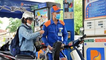 Giá xăng, dầu đồng loạt tăng mạnh trong chiều nay
