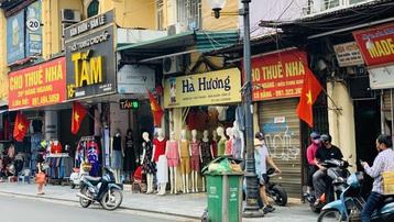 Bất động sản đắt đỏ, khó tin với ngôi nhà giá vài trăm triệu đồng ở Hà Nội