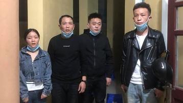 Phát hiện xe chở người Trung Quốc nhập cảnh trái phép ở Đà Nẵng