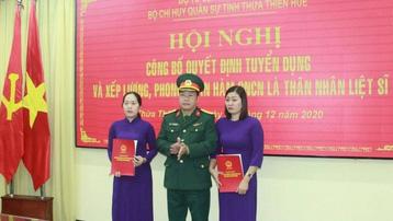 Vợ liệt sỹ hy sinh khi cứu hộ Rào Trăng 3 được tuyển dụng quân nhân