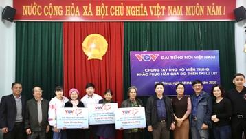 """""""Thương về miền Trung"""" VOV đến với đồng bào vùng cao Quảng Nam - Quảng Ngãi"""