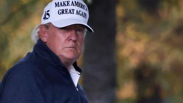 Thượng nghị sĩ Cộng hòa thứ hai hối thúc Tổng thống Trump từ chức