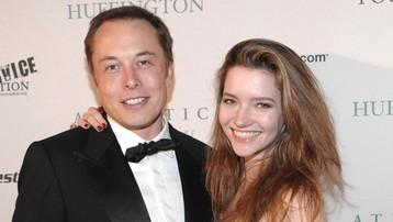 Tỷ phú giàu nhất thế giới Elon Musk và những cuộc tình với các mỹ nhân